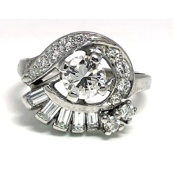 Vintage bridal, Retro design ring