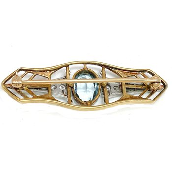Lady's vintage Art Deco style aquamarine, diamond and two-toned bar pin