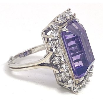 Lady's vintage amethyst, diamond and white gold ring