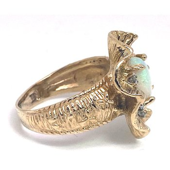 Lady's vintage opal, diamond and yellow gold ring