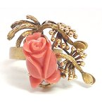 Estate & Vintage Vintage coral and yellow gold ring
