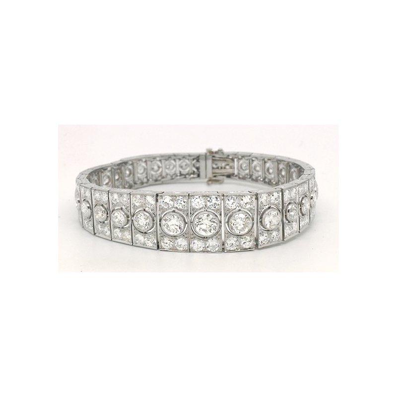 Estate & Vintage Lady's Art Deco design graduated diamond and platinum bracelet