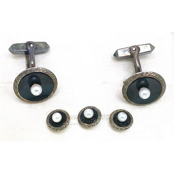 Gent's vintage pearl, onyx and silver cuff links and stud set