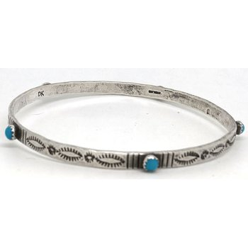 Vintage Native American sterling silver and Turquoise bracelet