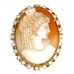 Estate & Vintage Lady's vintage Victorian carved shell cameo brooch that can also be worn as a pendant