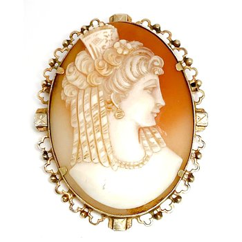 Lady's vintage Victorian carved shell cameo brooch that can also be worn as a pendant