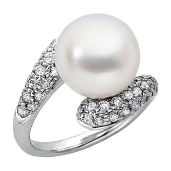 South Sea Cultured Pearl & Diamond Ring