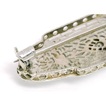 Lady's vintage Art Deco design white gold and diamond bar pin