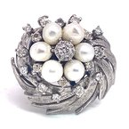 Estate & Vintage Lady's vintage cultured pearl, diamond and white gold cluster ring
