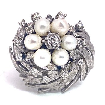 Lady's vintage cultured pearl, diamond and white gold cluster ring
