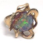 Estate & Vintage Lady's vintage opal and yellow gold freeform ring