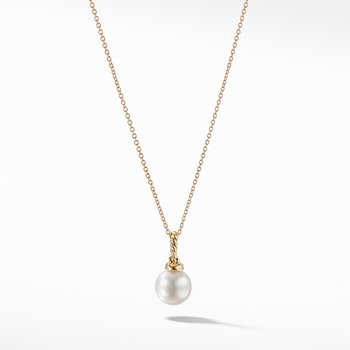 Pendant Necklace with Pearls and Diamonds in 18K Gold