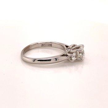 .83 ct Three stone Diamond Engagement ring - 19K White gold