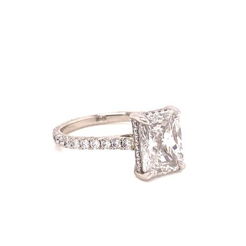 Radiant Cut Diamond Engagement Ring - 2.65 Ct