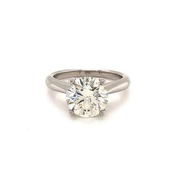 3.08 ct Platinum Solitaire
