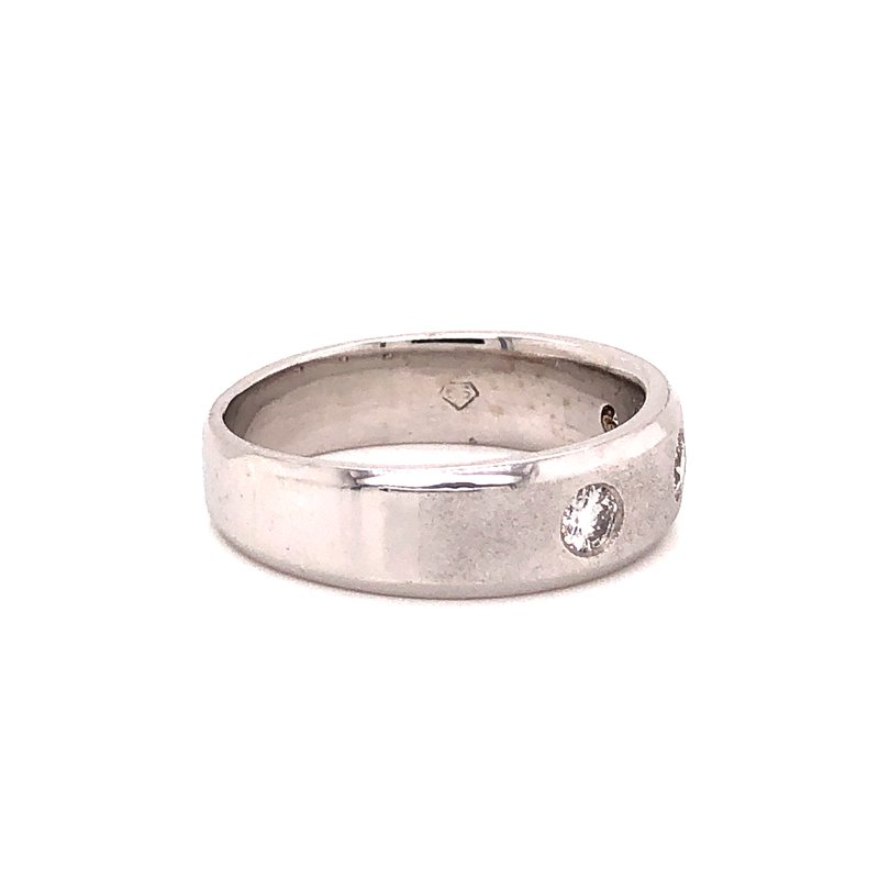 Estate & Pre-Owned Jewelry Gents Diamond ring - 14K white gold