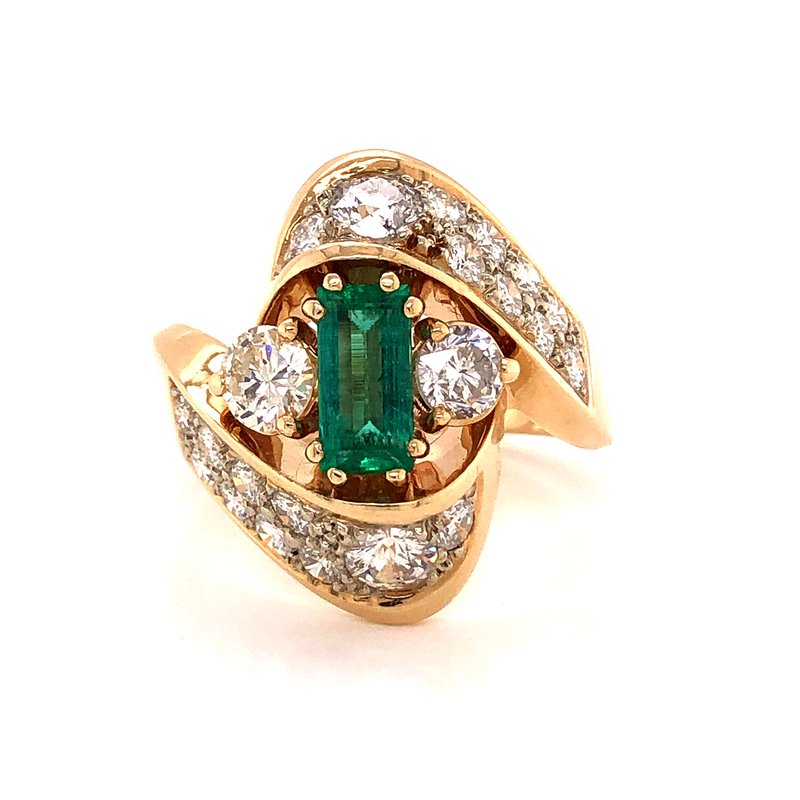 Estate & Pre-Owned Jewelry Diamond & Emerald Fashion Ring - 14K Yellow Gold