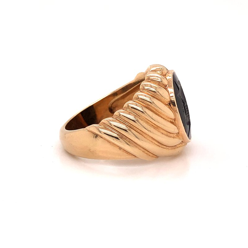 Estate & Pre-Owned Jewelry Onyx Intaglio Ring -  10K yellow gold