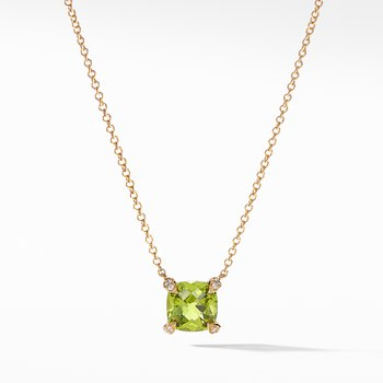 Pendant Necklace with Peridot and Diamonds in 18K Gold