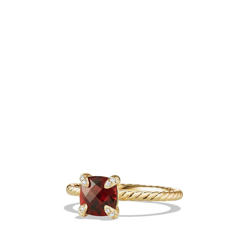 David Yurman Ring with Garnet and Diamonds in 18K Gold