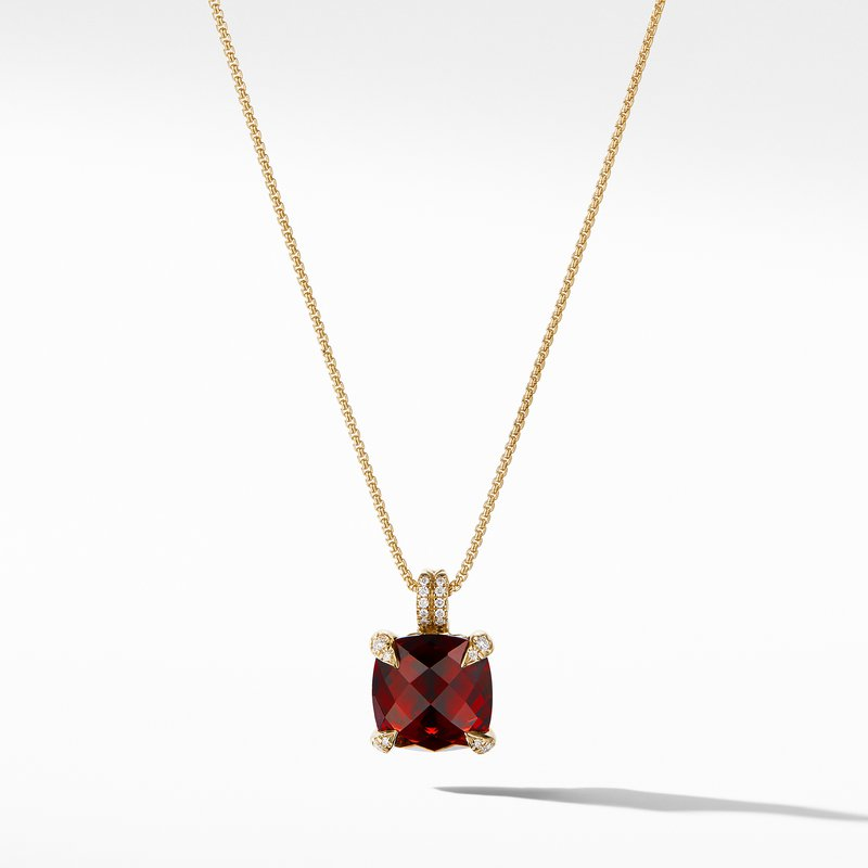 David Yurman Pendant Necklace with Garnet and Diamonds in 18K Gold