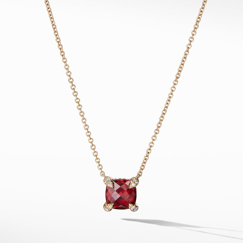 David Yurman Pendant Necklace with Garnet and Diamonds in 18K Gold