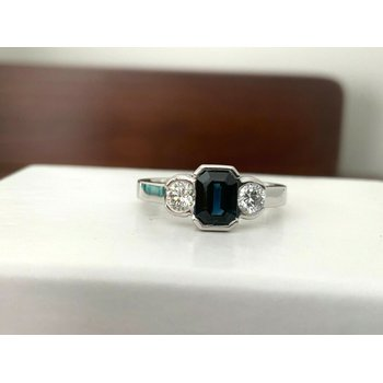 1.13 ct UNHEATED Sapphire and Diamond Ring