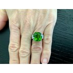 Pre-Loved Jewelry 12.54 ct Peridot and Diamond Ring 18k White Gold Ring