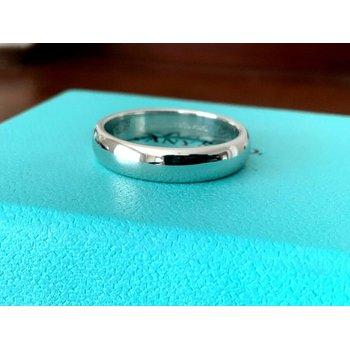 Tiffany 4 mm Platinum Wedding Band $1,550 NEW