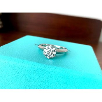 Tiffany 1.15 ct round F VVS2 $20k