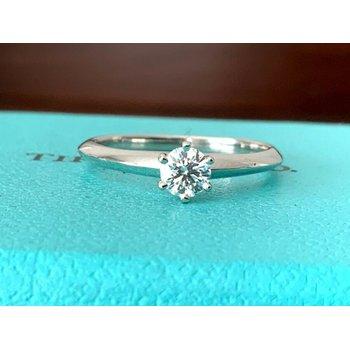 Tiffany Round .25 ct E VVS2 $3k NEW