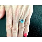 Pre-Loved Jewelry 1.86 ct OVAL Aquamarine and Diamond Ring