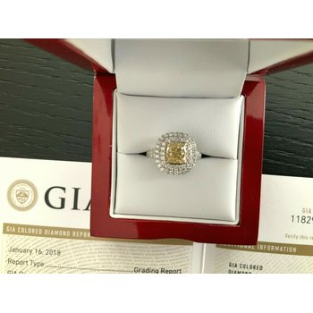 GIA Certified 1.41 ct Fancy Yellow Diamond Ring BRAND NEW 2021