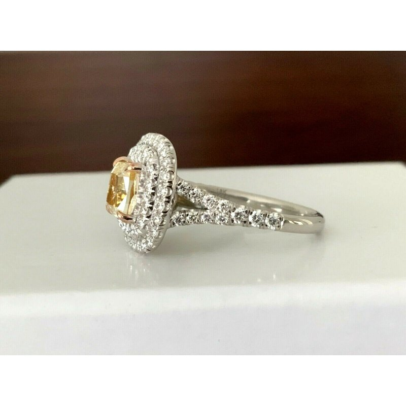 Pre-Loved Jewelry GIA Certified 1.41 ct Fancy Yellow Diamond Ring BRAND NEW 2021
