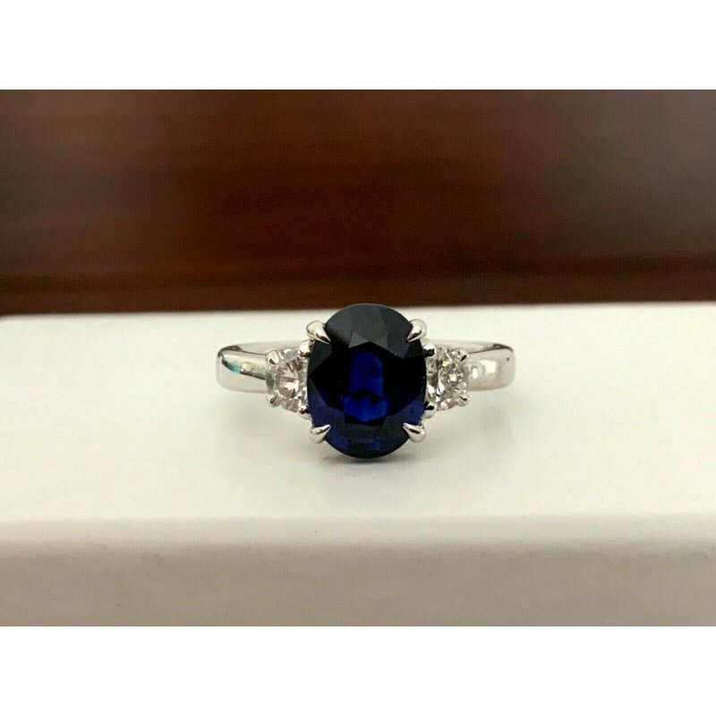 Pre-Loved Jewelry 2.34 ct Oval Blue Sapphire UNHEATED -RARE!