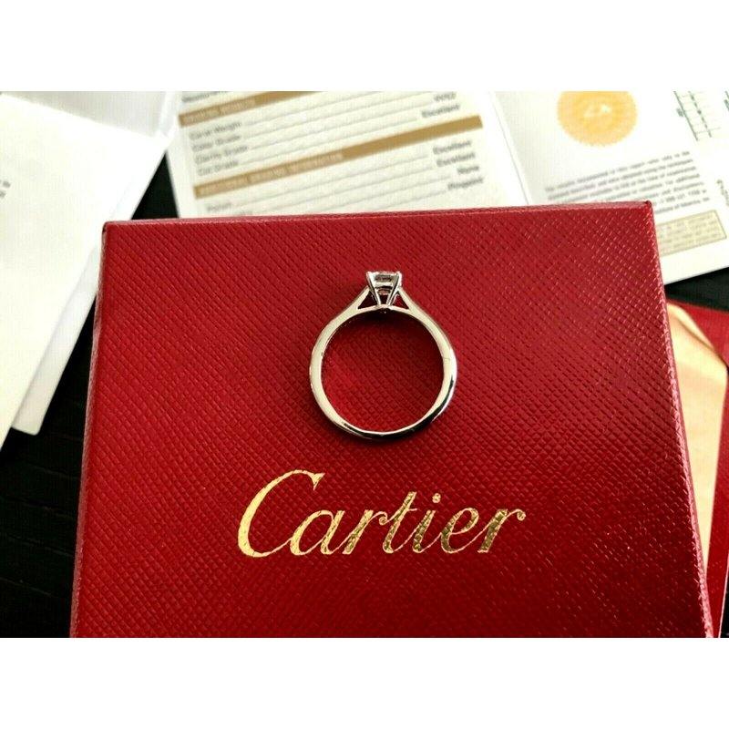 Pre-Loved Jewelry Cartier .53 ct Round G VVS2 3 EXC $7k NEW