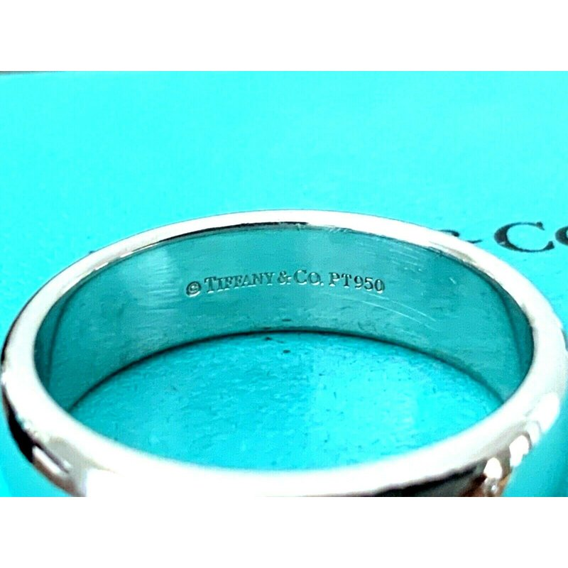 Pre-Loved Jewelry Tiffany 6 mm Platinum Essentials Wedding Band