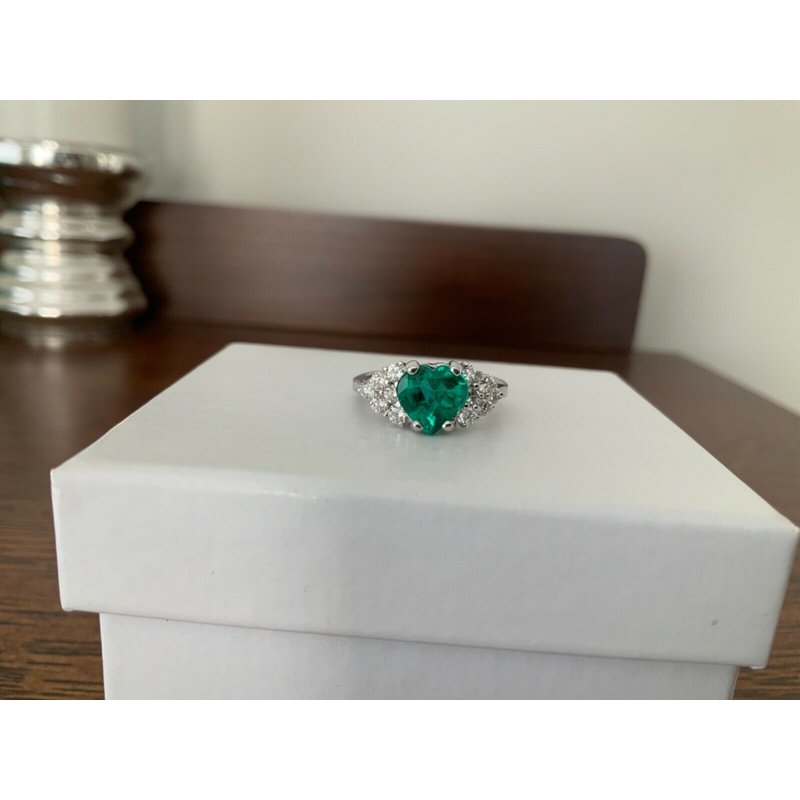 Pre-Loved Jewelry 1.47 ct Heart Shaped Emerald and Diamond Ring RARE