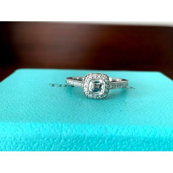 Tiffany Legacy .52 ct H VVS1 $7k NEW