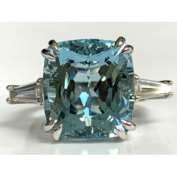 9.63 ct Natural Aquamarine and Diamond Ring NEW $25k