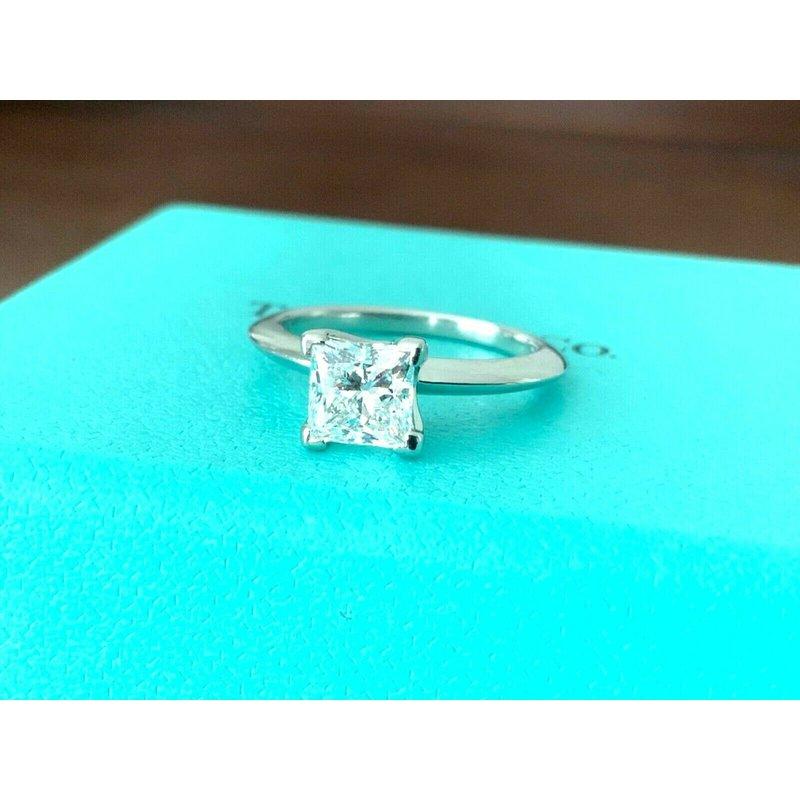 Pre-Loved Jewelry Tiffany Princess 1.03 ct F VS2