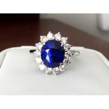 Sapphire 4.52 carat ring