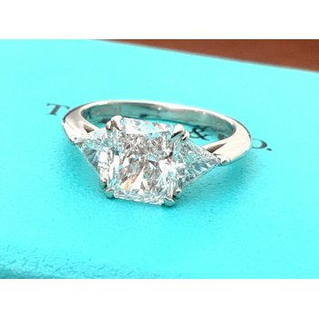 Tiffany 3 Stone Diamond Ring 2.04 ct D VS1 $48k NEW