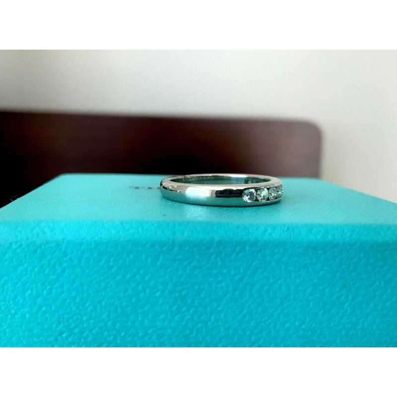 Pre-Loved Jewelry Tiffany 3 mm Channel Set Diamond Ring $3300 New