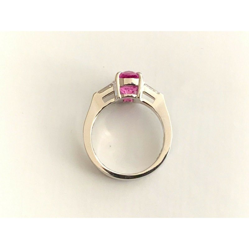 Pre-Loved Jewelry 2.60 Pink Sapphire with Diamonds