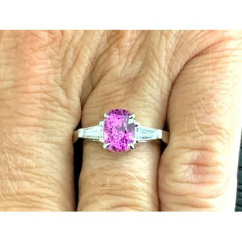 2.60 Pink Sapphire with Diamonds