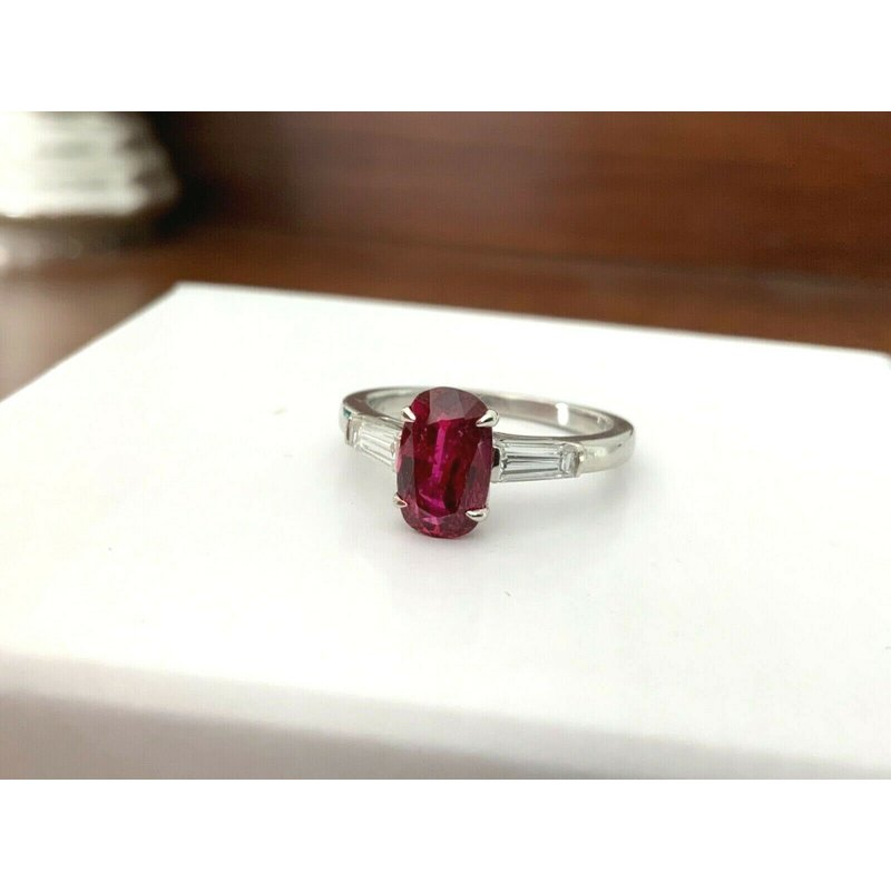 Pre-Loved Jewelry 2.04 ct 100% Natural Unheated Ruby and Diamond Ring