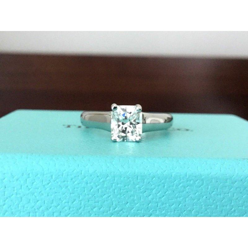 Pre-Loved Jewelry Tiffany Lucida .83 carat