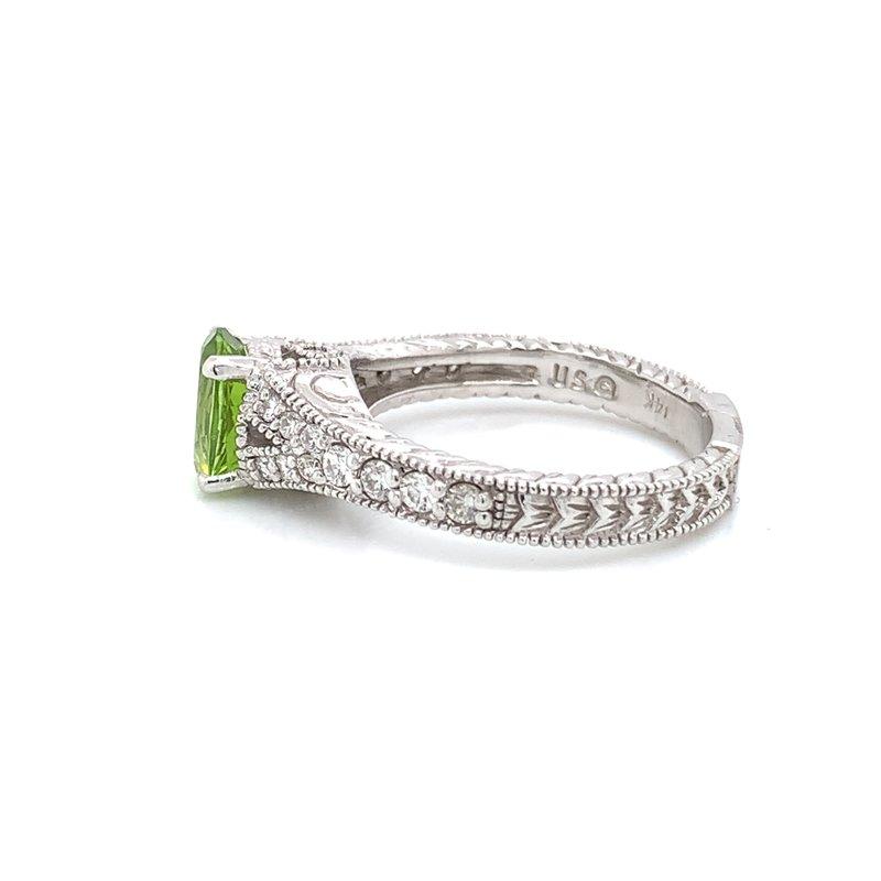 Bennett's Jewels 14KW Peridot & Diamond Ring