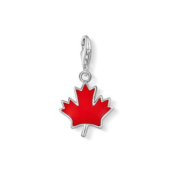 Charm Pendant Maple Leaf